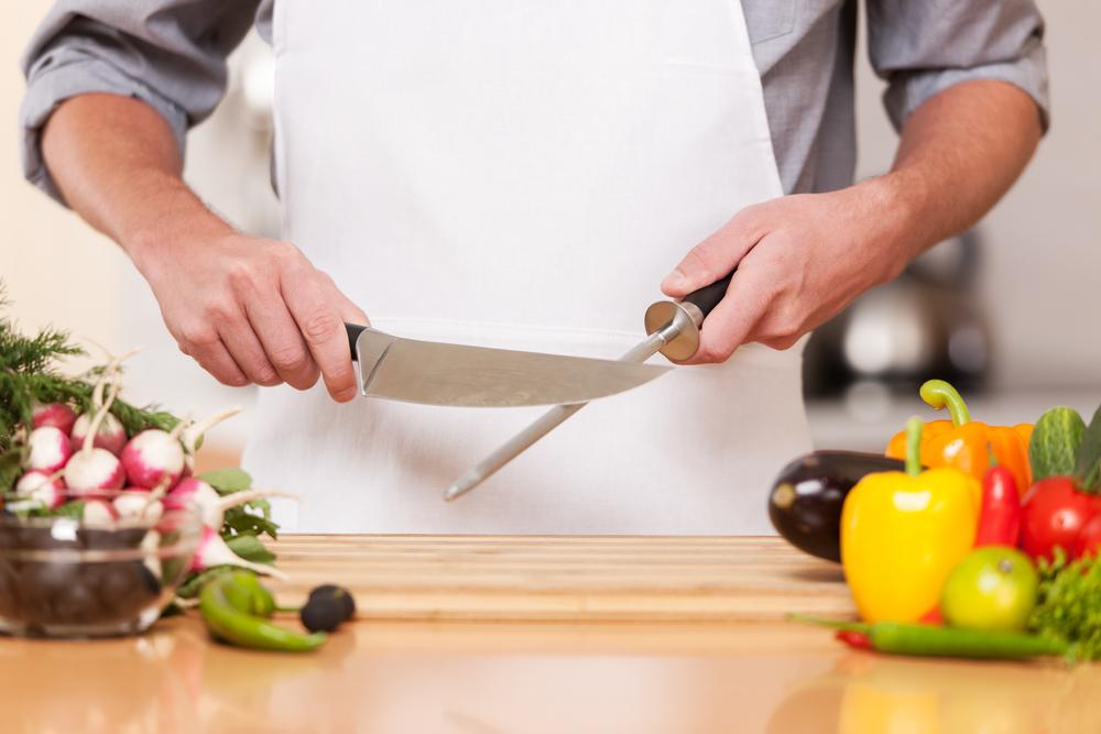 Tranchez bien : Couteaux de cuisine essentiels pour une cuisine commerciale