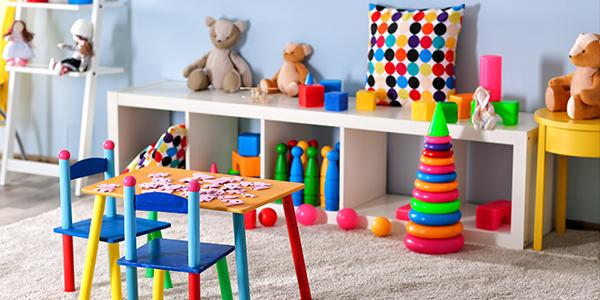 Comment organiser les jouets avec un système de rotation
